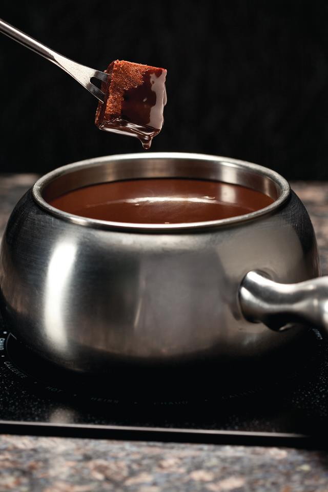 The Melting Pot : Chocolate Fondue | Sugar LocoSugar Loco