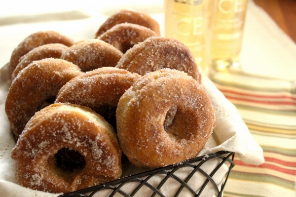 Apple Cinnamon Donuts by Sparkling ICE