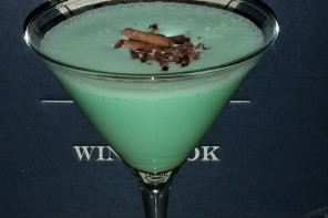 Stir It Thursday: Boozy Girl Scout Cocktails! Thin Mint Anyone?!