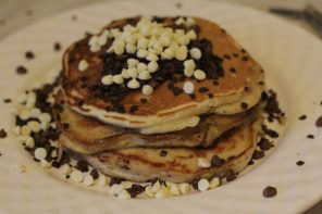 Chocolate Chip Pancakes: Step by Step