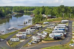 Four of the Best Washington RV Parks for a Weekend Getaway With the Girls